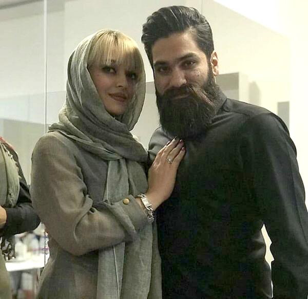 علی زند وکیلی به همراه خواهرش