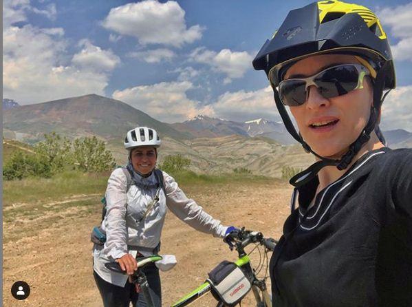 کوهنوردی و دوچرخه سواری کوهستان ورزش های مورد علاقه ویشکا آسایش