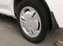 تصادف ساختگی برای سرقت از راننده پراید + ویدئو