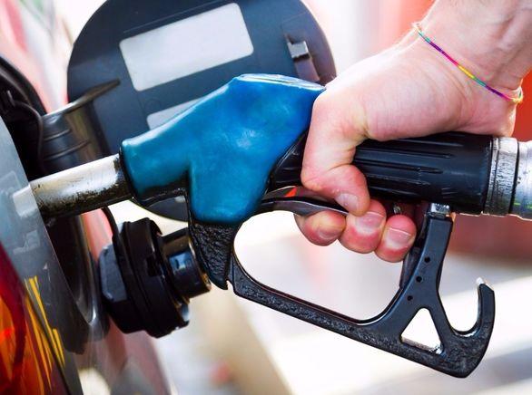 احتمال افزایش سهمیه بنزین خودروها در سال 99؟