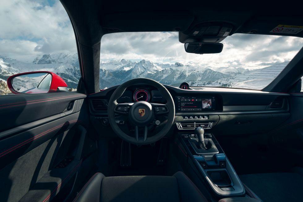 پورشه 2022 911 GTS با 473 اسب بخار پا به جاده گذاشت