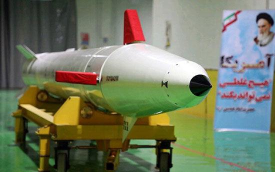 رونمایی از یک موشک جدید در کارخانه زیرزمینی سپاه + عکس