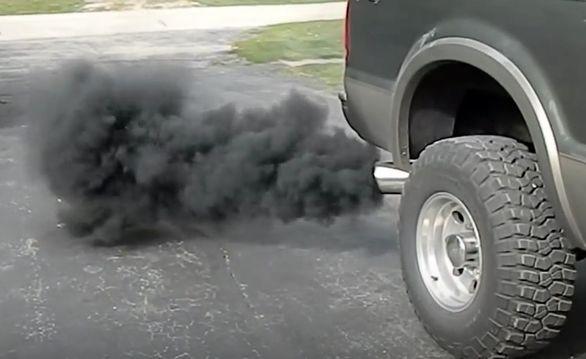 چرا خودرو به روغن سوزی می افتد؟