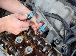 نشانه های وجود مشکل در انژکتور خودرو