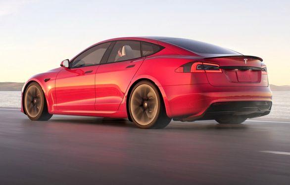 پروژه جاه طلبانه تسلا مدل S پلید پلاس متوقف شد