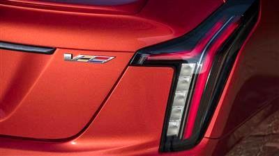نشان V برای خودروهای پرفورمنس کادیلاک