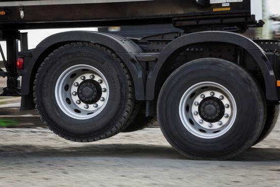 توزیع لاستیک خودروهای سنگین با نرخ دولتی