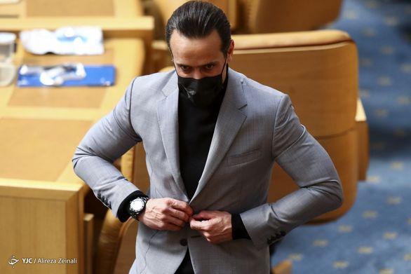 عکس| واکنش تند علی کریمی به کنایه وزیر ورزش