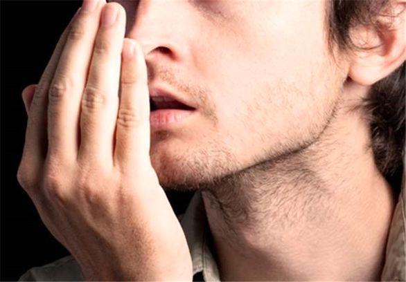 خوراکی های دم دستی که دشمن بوی بد دهان هستند