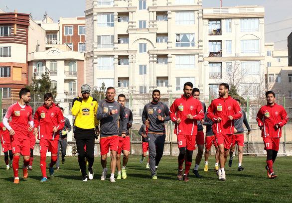 بازیکنان پرسپولیس تهدید به اعتصاب کردند