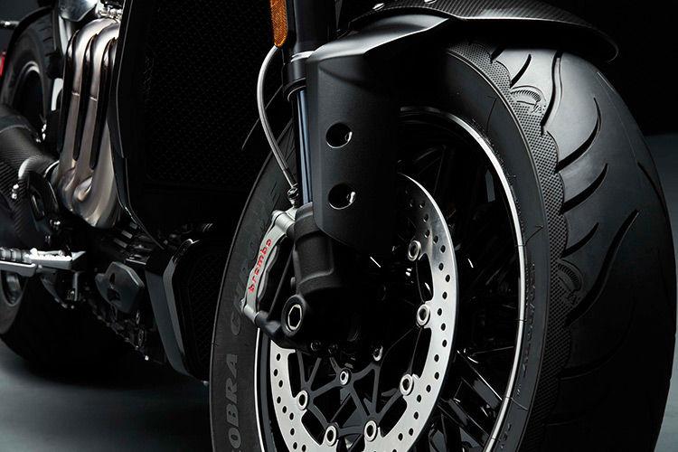 موتورسیکلت تریومف راکت ۳ TFC