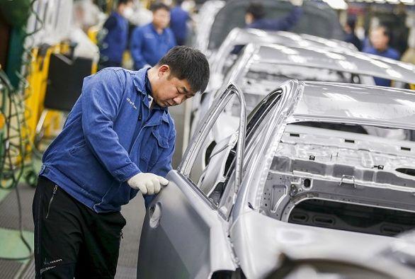 خودروسازی ژاپن مدیون چین و آمریکا