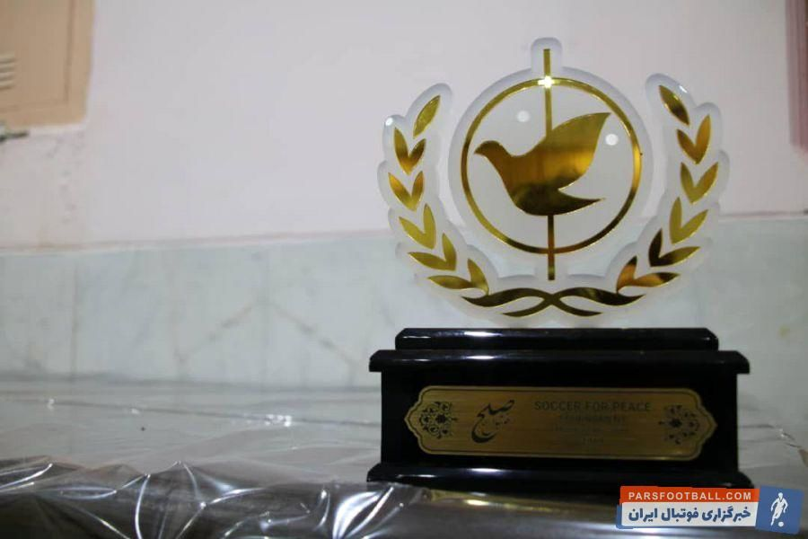 در فینال این رقابتها که میان دو تیم کانون مربیان فوتبال ایران و پیشکسوتان استقلال برگزار شد، ستارههای سالهای قبلاستقلال موفق شدند جام قهرمانی را ببرند.