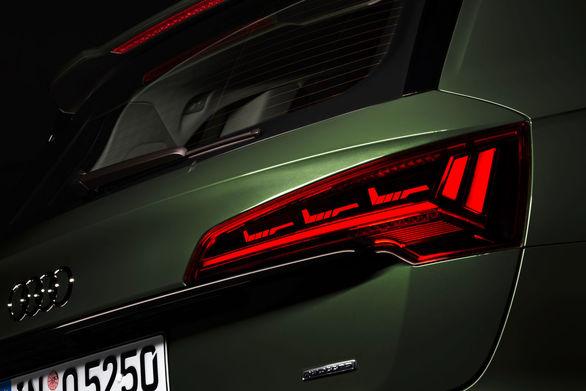 فناوری چراغ های OLED در خودرو که با شما حرف می زند!