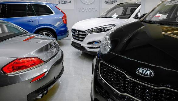 چند خودروی لوکس در ایران است؟