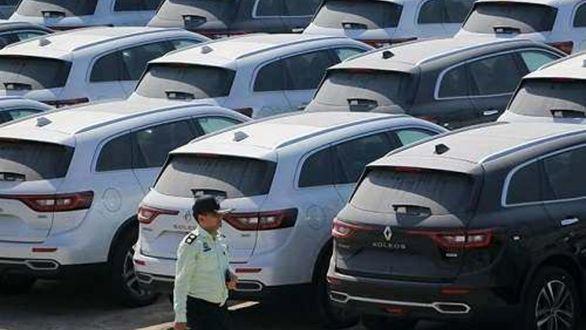 دستور ترخیص ۱۰۰۰ دستگاه خودرو صادر شد
