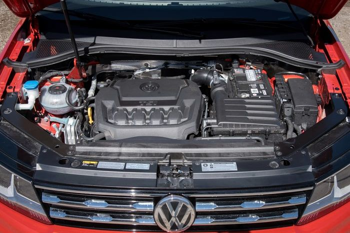Tiguan Engine red