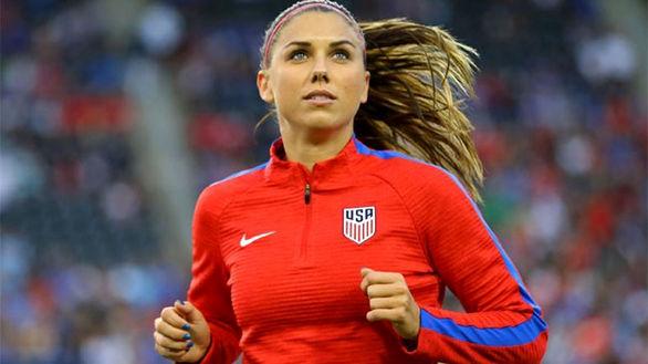 می گویند این زیباترین فوتبالیست زن دنیاست + تصاویر