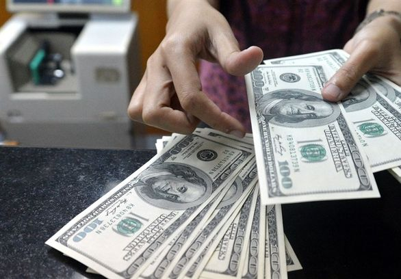قیمت خرید دلار و یورو امروز 19 آبان