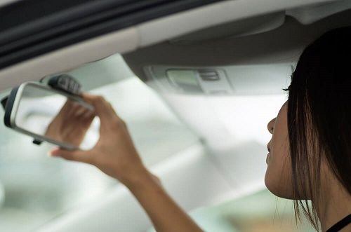 از تنظیم صحیح آینه خودرو چه می دانید؟