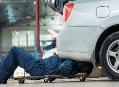 10 کاری که هر راننده حرفه ای باید با خودرویش انجام دهد