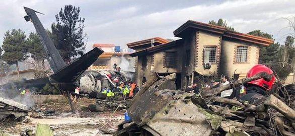 جزئیات و عکس های جدید از سقوط هواپیما در کرج + عکس