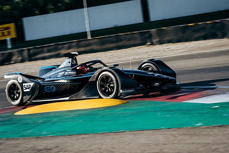 Mercedes-Benz Formula E car / خودروی الکتریکی فرمول E مرسدس بنز