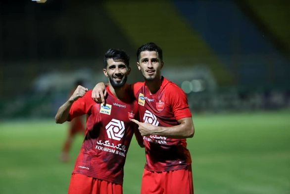 شادی گل خاص علی علیپور در شب پوکر قهرمانی پرسپولیس (عکس)