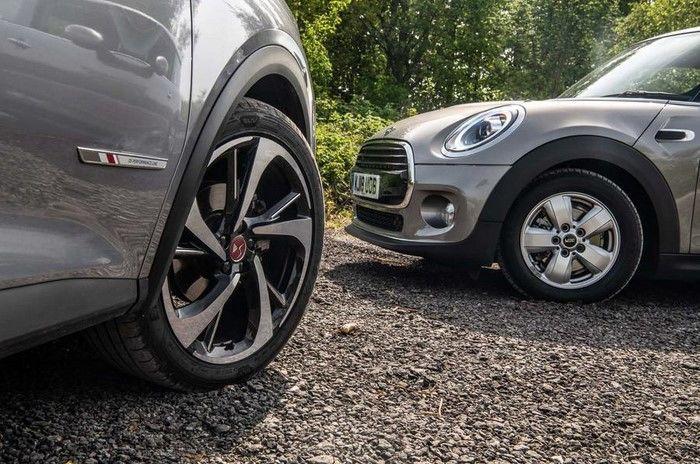 DS7 vs Mini cooper drive quality Test