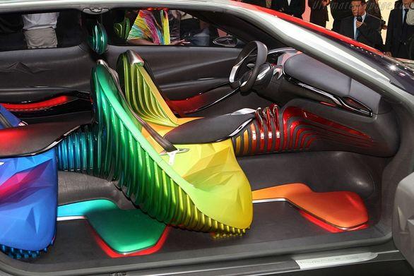 تصاویر   خودروهایی با عجیب ترین طراحی داخلی