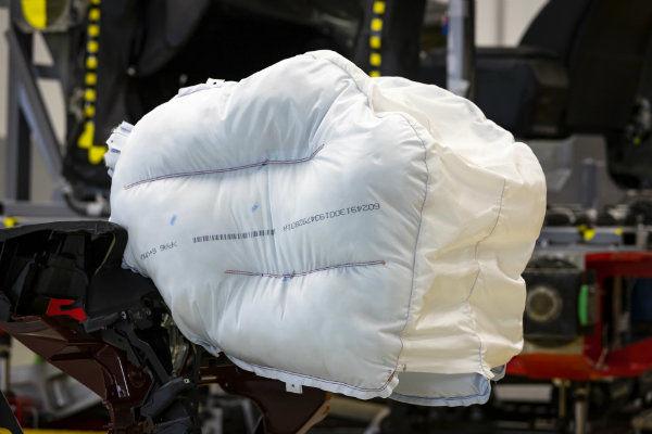 1bb1117b-honda-new-passenger-airbag-design-4