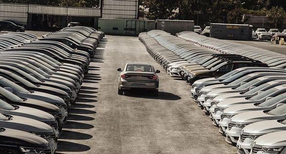 چند خودروی دیگر در گمرک باقی مانده است؟
