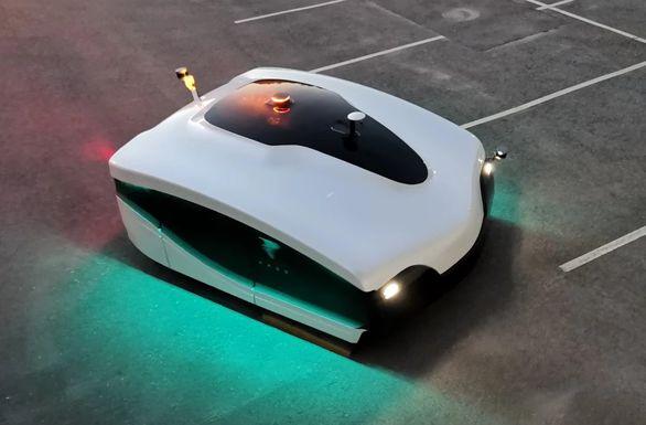 خودروی خودران در نقش پاکبان | عکس