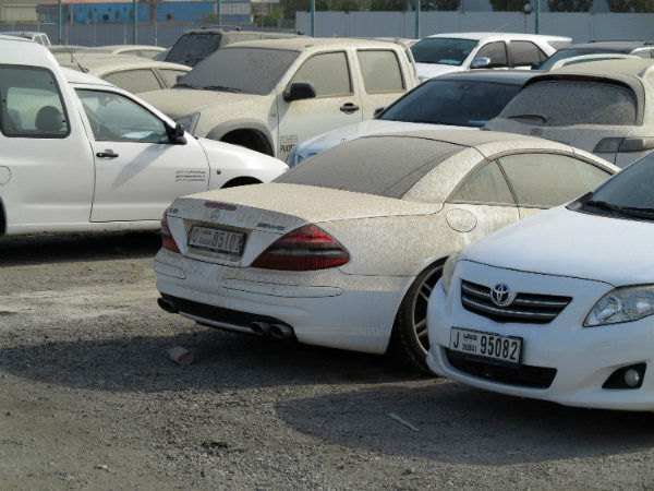 Abandoned-cars-in-dubai (4)