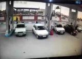 لحظه انفجار وانت پیکان در پمپ گاز CNG