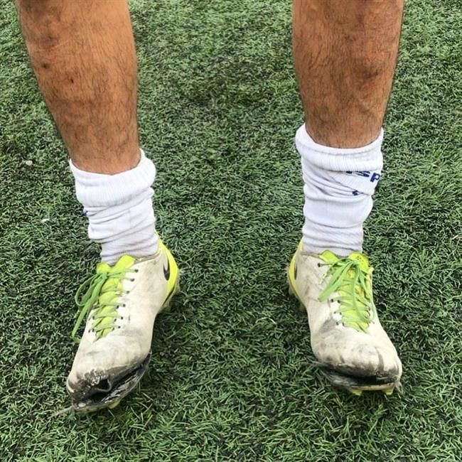 کفش امیدهای استقلال