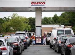 صف طولانی بنزین در آمریکا