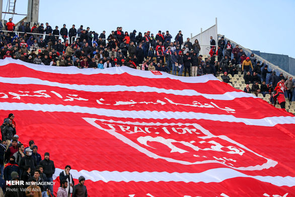 اسطوره فوتبال ایران نزدیکتر از همیشه به تراکتورسازی
