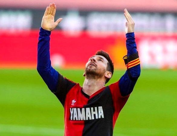 ادای احترام لیونل مسی به مارادونا پس از گلزنی + ویدئو
